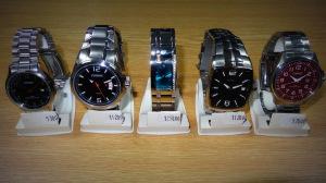 Hodinářství a klenoty Soukupovi Olomouc Povel ukázka zboží příjemné ceny levné pánské náramkové hodinky